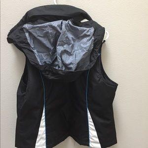 SB Active Jackets & Coats - SB Active Vest Jacket Puffer Hooded Sz Small Black